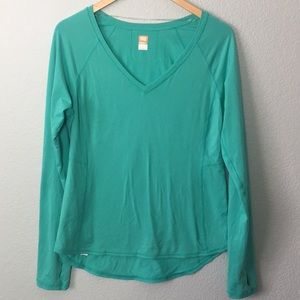 Lucy Lucytech v-neck athletic T-shirt thumb holes